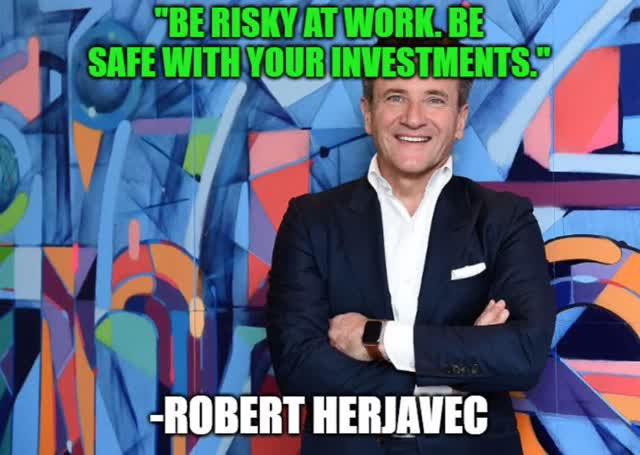 The 3 Safest 8+% Yielding Blue-Chip Retirees Can Trust Right Now